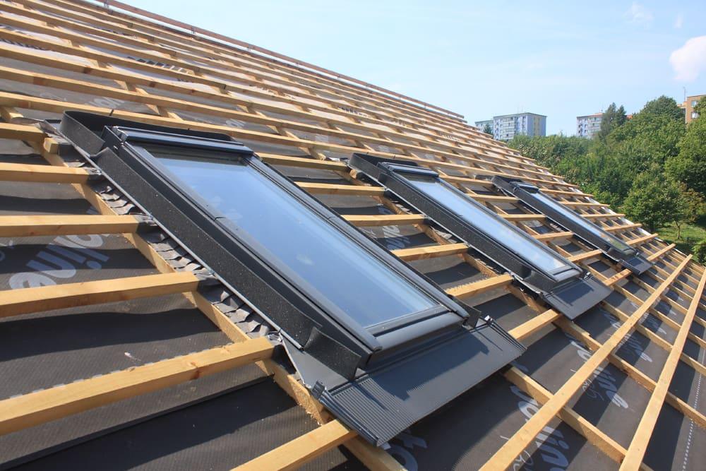 Sehr Dachflächenfenster einbauen in Wien, Niederösterreich, Burgenland TJ28